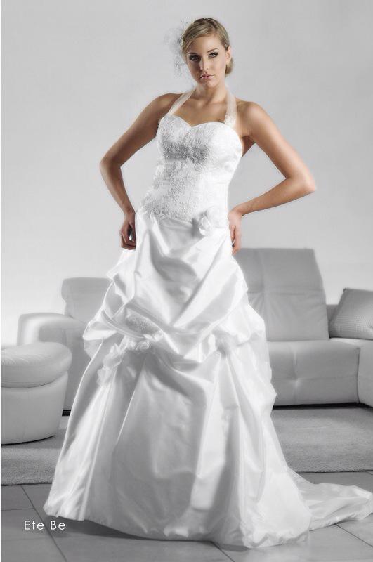 Svadobné šaty Ete Be od Emil Halahija