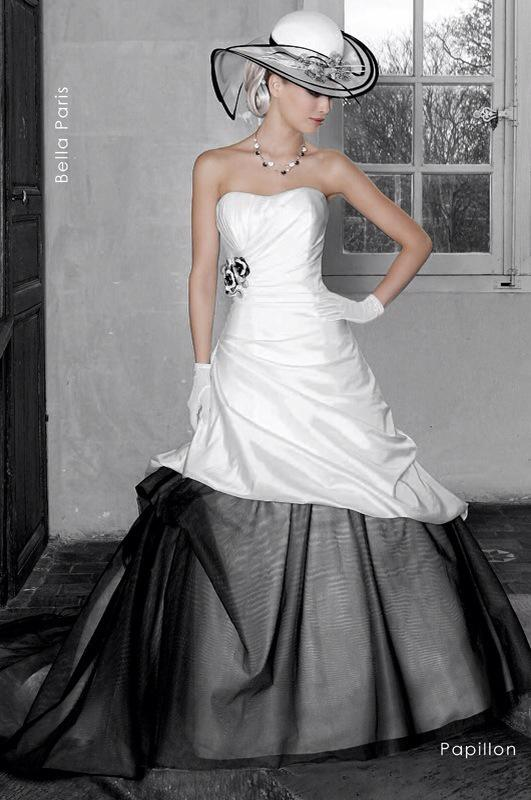 Svadobné šaty Papillon od Emil Halahija