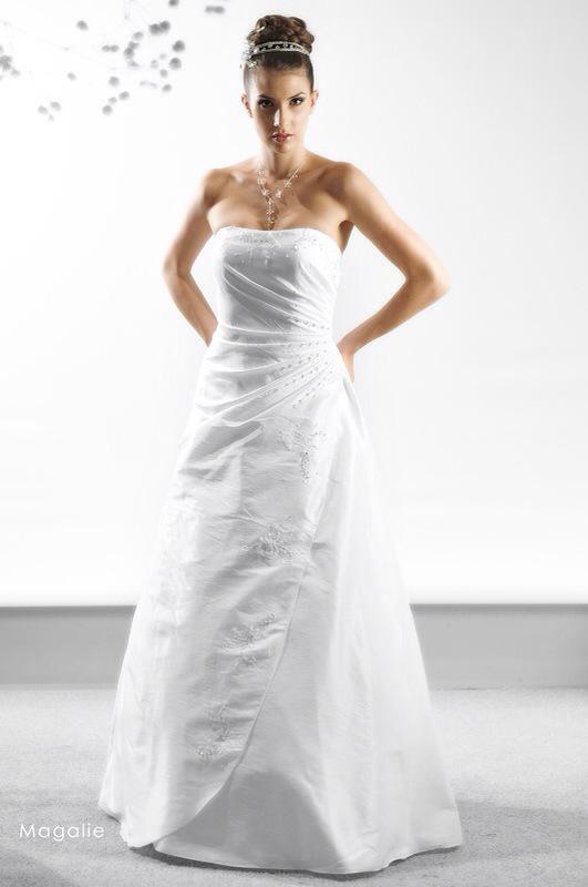 Svadobné šaty Magalie od Emil Halahija