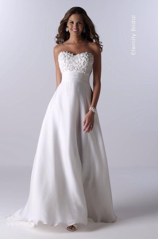 Svadobné šaty Verona od Emil Halahija