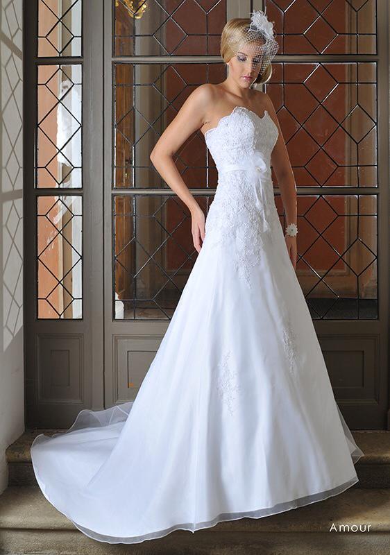 Svadobné šaty Amour od San Patrick