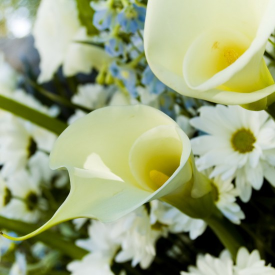 Svadobné kytice určené na svadobné účely.